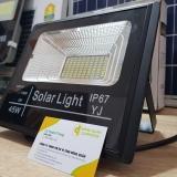 Đèn năng lượng mặt trời 45W có Remote (Pin 6V - 15W)
